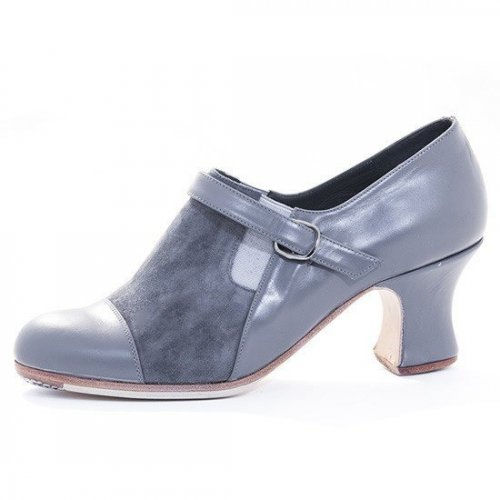 https://www.flamencista.com/Zapatos de Don Flamenco Modelo Farruca Combinado